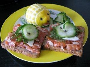 Virtuvės mitų griovėjų kokosinis sumuštinis su lašiša