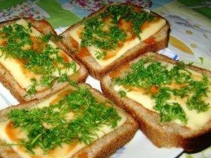 Karšti paprasti sumuštinukai