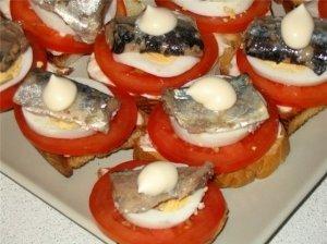 Žuvies ir kiaušinių sumuštiniai