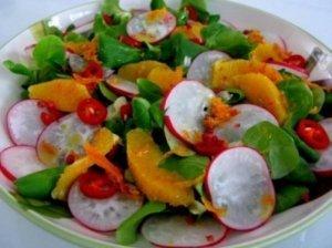 Ridikėlių salotos su apelsinais