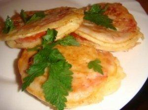 Sūrio tešloje kepti pomidorai