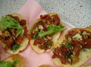 Pomidorų-sūrio užtepėlė duonai