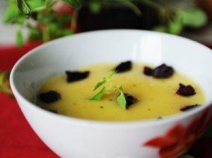 Trinta sriuba su burokėliais