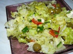 Žalios salotos su feta