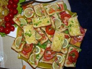 Spalvingi sumuštinukai su lašiša
