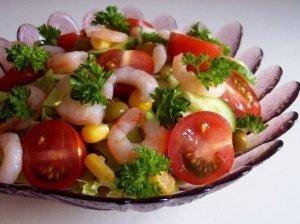 Salotos su krevetėmis