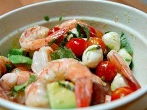 Gurmaniškos krevečių salotos