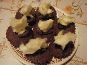 Persiški šokoladiniai keksiukai