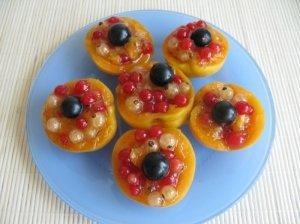 Serbentais įdaryti abrikosai