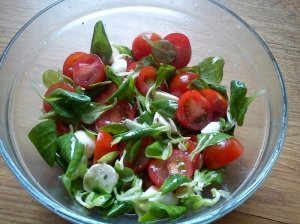 Vasariškos salotas