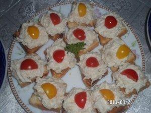 Vieno kąsnio sumuštiniai su jūros lydeka