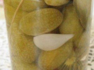 Švelnaus skonio marinuoti meksikietiški agurkėliai