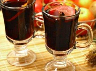 Kalėdinis vynas su prieskoniais