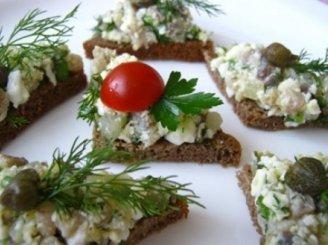 Šventiniai sumuštiniai su silke