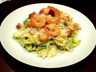 Cezario salotos su krevetėmis