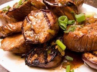 Baklažanai, troškinti su daržovėmis