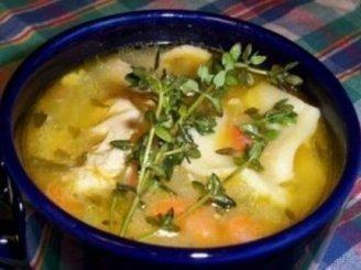 Vištienos ir virtinių  sriuba