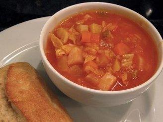 Tiršta daržovių sriuba su ryžiais