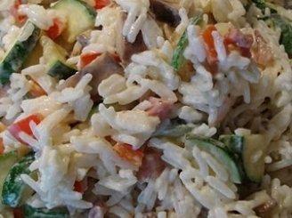 Paprikos ir žuvies salotos