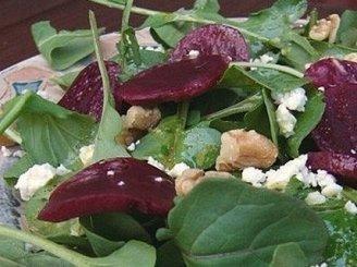 Burokėlių ir rukolos salotos