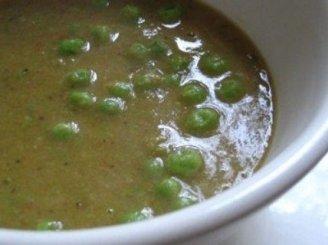 Švelni žirnelių sriuba