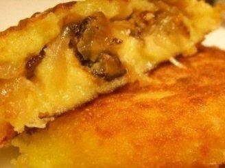 Bulvių pyragėliai su grybais