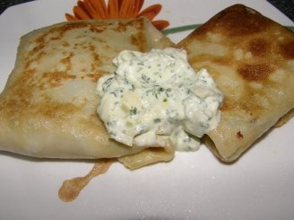 Blynai su špinatais ir sūriu
