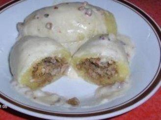 Virtų bulvių cepelinai su varškės ir mėsos įdarais