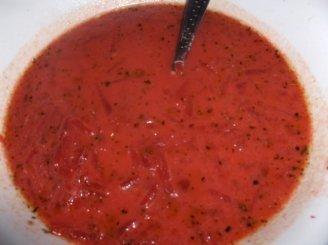 Pikantiška burokėlių sriuba