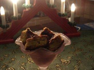 Morkų pyragas su džiovintais vaisiais