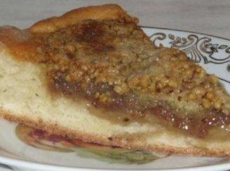 Medaus – riešutų pyragas