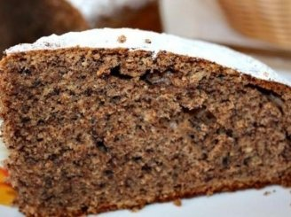 Šokoladinis pyragas su cinamonu ir gvazdikėliais
