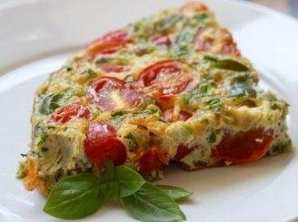Orkaitėje keptas omletas su daržovėmis