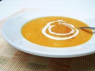 Kvapniųjų moliūgų sriuba