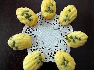 Sausainiai su žirneliais