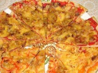 Pomidorų ir kumpio pica