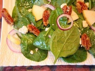 Špinatų salotos