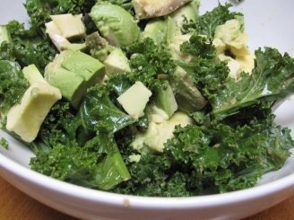 Avokado salotos su Tofu sūriu