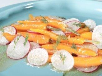 Morkų ir ridikėlių salotos