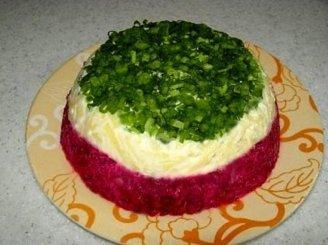 Silkė su daržovėmis ir sūriu