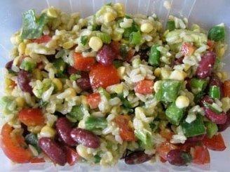 Meksikietiškos ryžių salotos