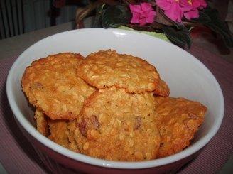 Avižiniai sausainiai su spanguolėmis