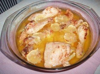 Vištų šlaunelės su citrinomis ir česnakais
