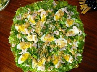 Krevečių salotos su kiaušiniais