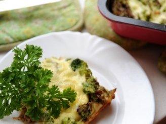 Avienos ir brokolių pyragas