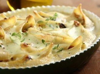 Keptos makaronų kriauklelės su sūrio padažu