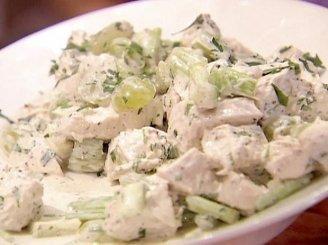 Vištienos ir vynuogių salotos