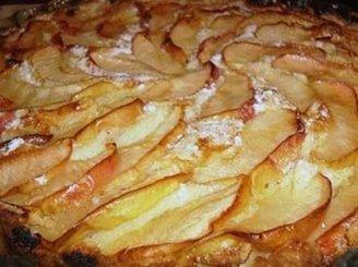 Paprasts obuolių pyragas