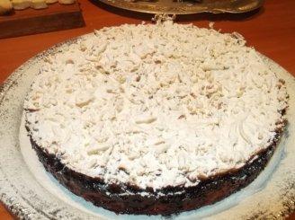 """Pyragas su juodaisiais serbentais """"Kai už lango sninga"""""""