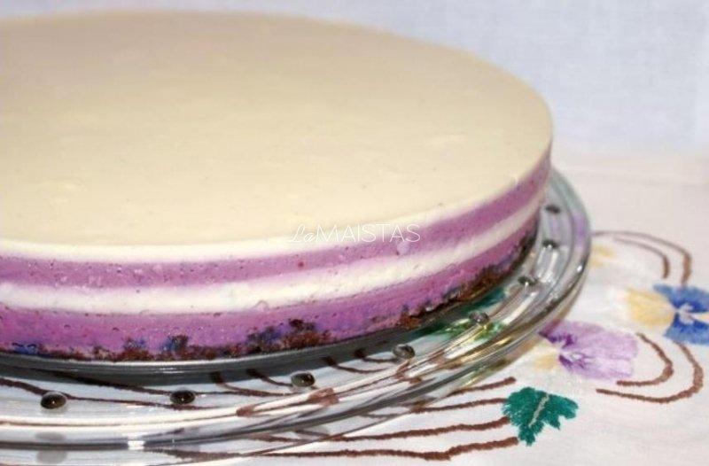 Juodųjų serbentų žele pyragas